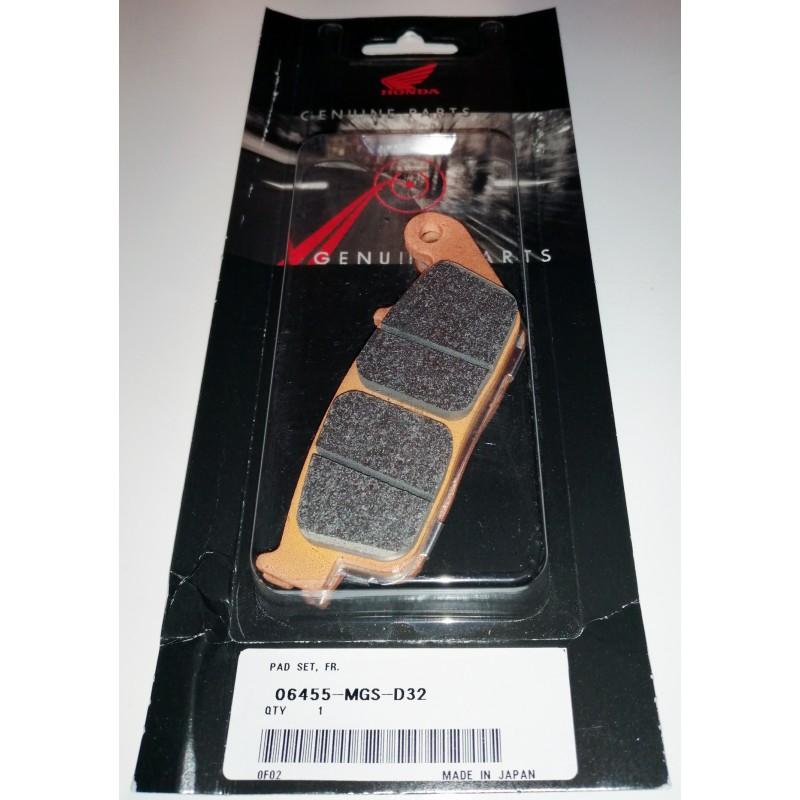 06455-MGS-D32 : Honda OEM front brake pads NC700 NC750