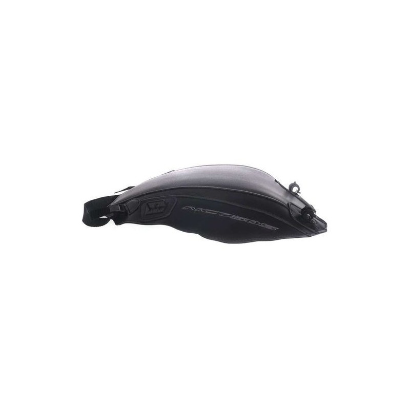 1670 : Bagster tank cover NC700