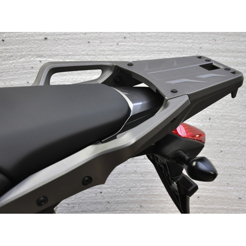 08L74-MGS-J30 08L70-MJJ-D30 : Support pour top-box Honda NC700/750